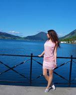 Floyd lace kjole rosa