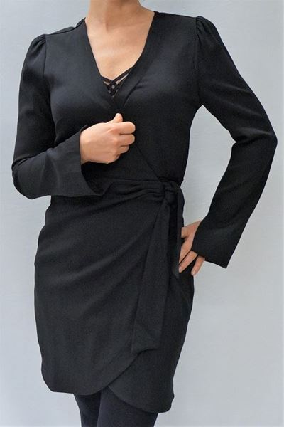 Bilde av ALIX black wrap dress